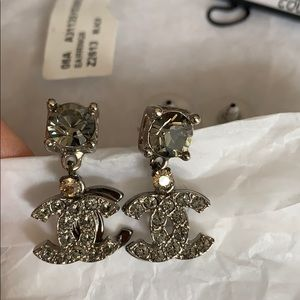 Vintage Chanel Boucles Orielle Noir/Gris Earrings